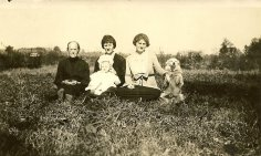 My great, great grandmother, Margaret Blalock Cashon with her daughters, Maude (my great grandfather Claude Lee Cashon's twin) and Lucy and a well-trained canine member of the family. Margaret was married to Jerome Washington Cashon. — with Margaret Blalock Cashon, Wynona Farrell, Maude Cashon Farrell - Twin to Claude and Lucy Cashon Woods.